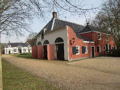 De koetshuizen van Buitenplaats Beeckestijn in Velsen-Zuid